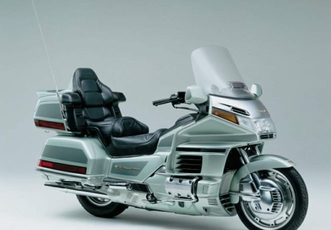 Honda Gold Wing 1500(2)