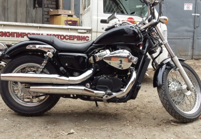 Honda Shadow VT400S(2)