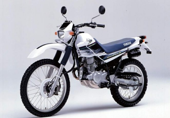 Yamaha Serow 225 (XT225)(1)