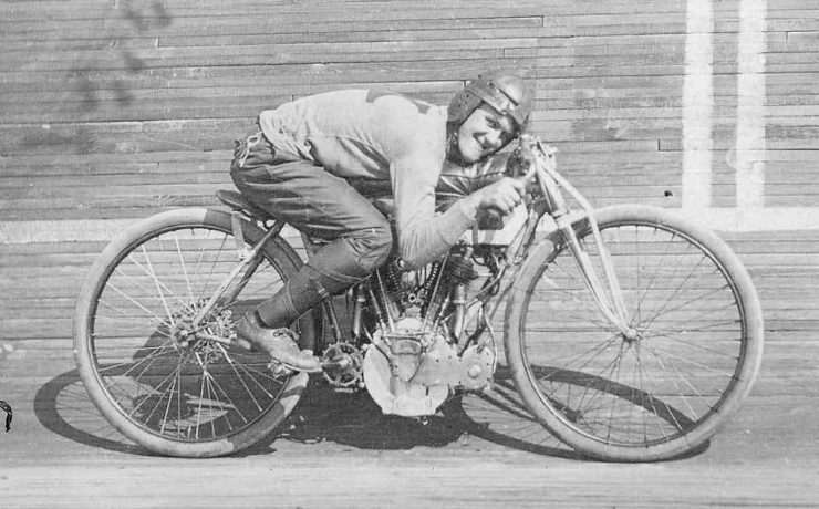 first motorcycle Harley Davidson